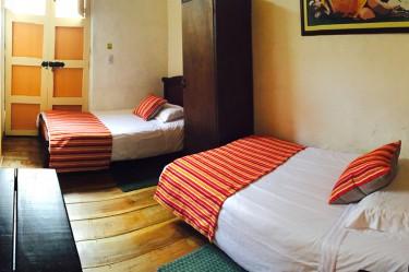 salento-colombia-ciudad-de-segorbe-hostels-salento-habitacion-doble-twin-1